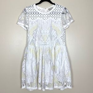 Sea New York White Cream Short Sleeve Lace Dress